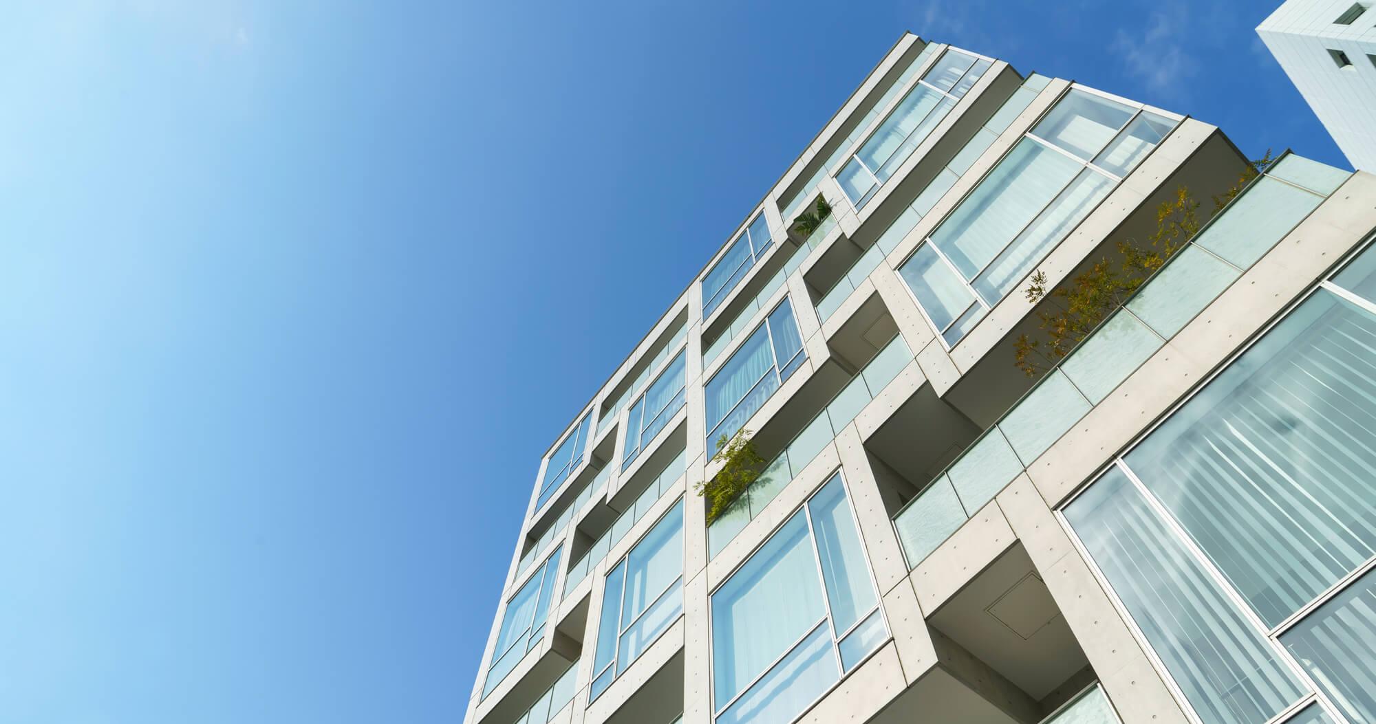 不動産投資のマンションとアパートの違い メリットとリスクを比較