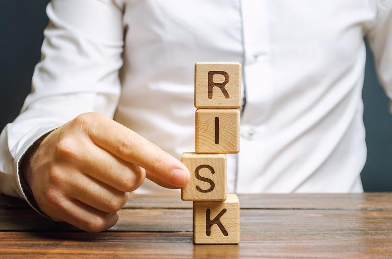 マンション投資は危険?3つのリスクを抑えて安定した運用を